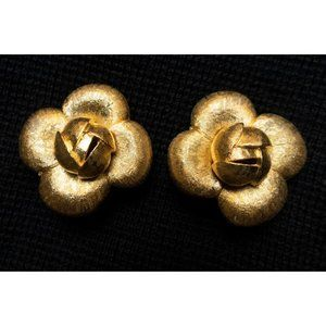 St. John Gold Earrings Vintage Clip On